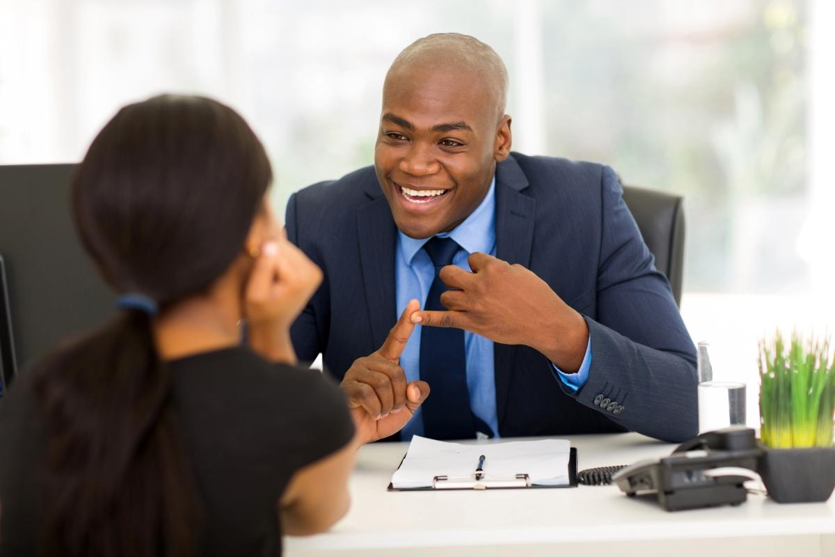 insurance_broker_ male_in_meeting